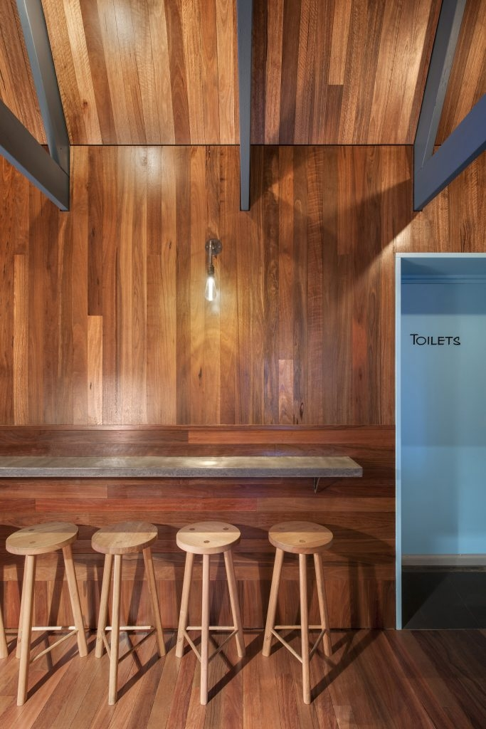 10-Architecture-in-the-Pink-Moon-Saloon-Bar-and-Restaurant-www-designstack-co