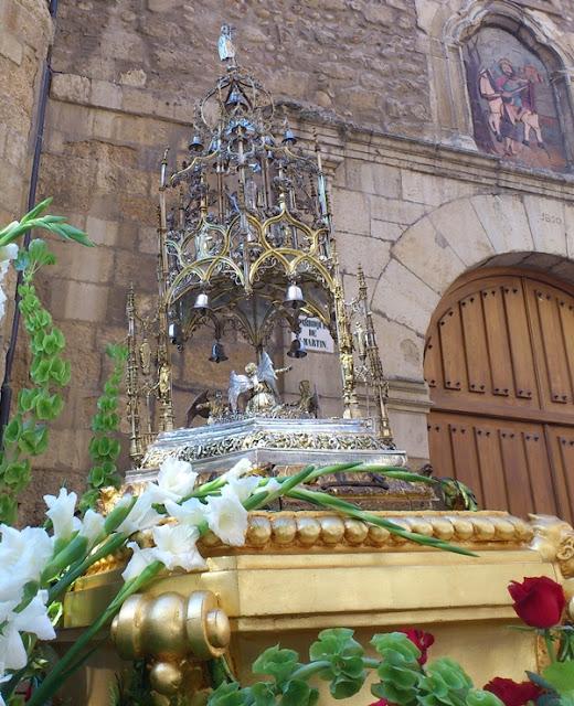 Custodia del maestro orfebre Enrique de Arfe en la procesión Sacramental de la Vera Cruz de León en 2012. (Corpus Chico) Foto G. Márquez.
