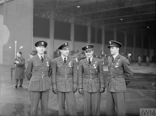 15 December 1940 worldwartwo.filminspector.com No. 303 Polish Squadron Polish pilots