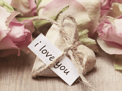 10 Money Saving Gifts for Valentines Day