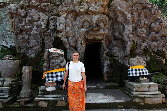 Entrada a la cueva de  Goa Gajah