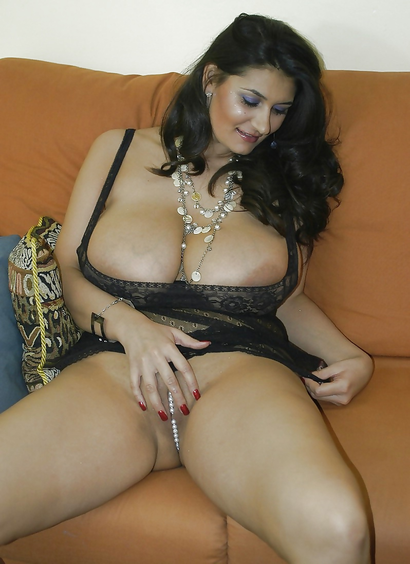 free-sex-photo-of-lebanon-big-women