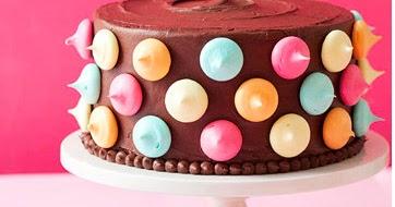 Cake Chocolate Oscuro Y Blanco