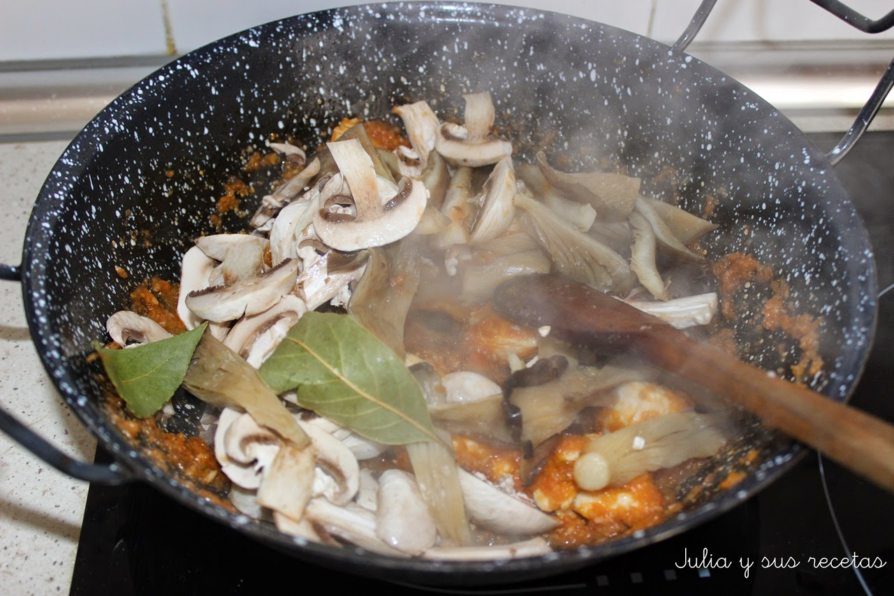 Arroz Caldoso Con Setas Y Pollo julia y sus recetas: arroz caldoso con setas y pollo