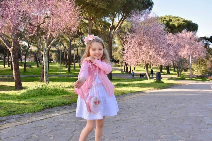 Fiori e tinte pastello: un MiniLook per dare il benvenuto alla Primavera!