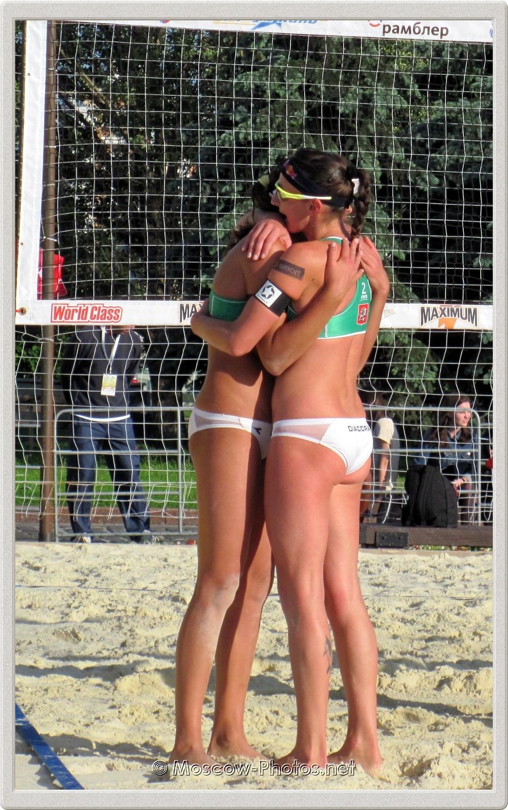 Italian girls Marta Menegatti & Greta Cicolari