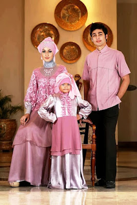 Baju muslim couple keluarga untuk pesta