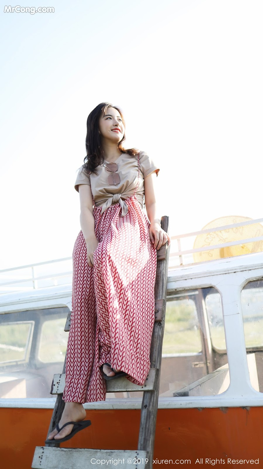 Image XIUREN-No.1718-MrCong.com-002 in post XIUREN No.1718: 艺儿拿铁 (64 ảnh)