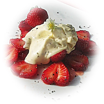no churn black pepper ice cream with strawberries