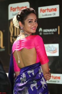 Shanvi Looks Super Cute in Pink Backless Choli Blue Saree at IIFA Utsavam Awards 2017 38.JPG
