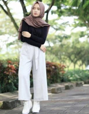 Contoh Padu Padan Celana Kulot Muslimah Yang Direkomendasikan Oleh