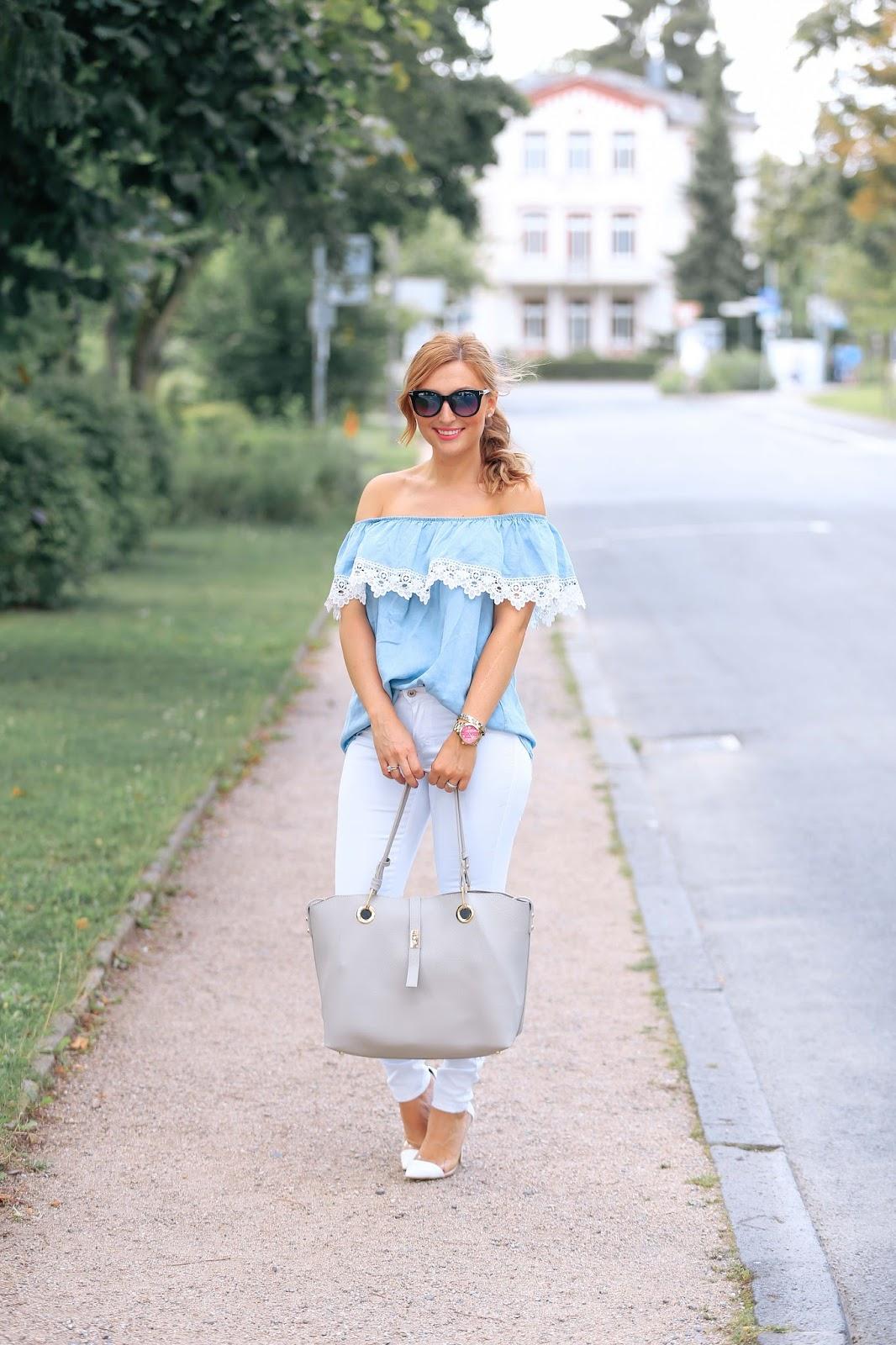 Blogger-rend-fashionstylebyohanna-weiße-jeans-komninieren-weiße-pumps