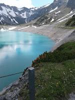 piękne jezioro alpejskie Lünersee