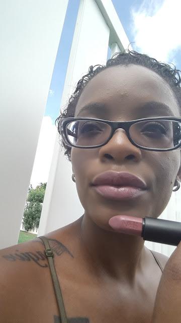 Nars Audacious Lipstick 'Anna' swatch www.modenmakeup.com
