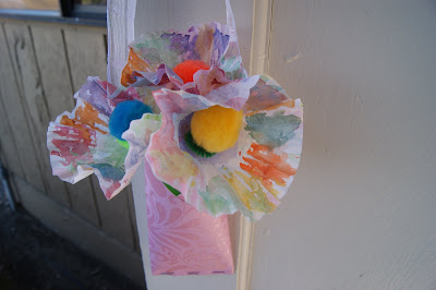 May Day Craft Mother's Day Craft @michellepaigeblogs.com