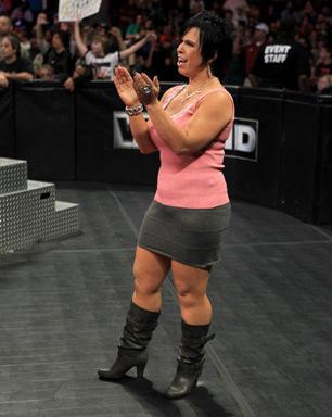 Vickie Guerrero Vs Karen Jarrett Its Not Even Close