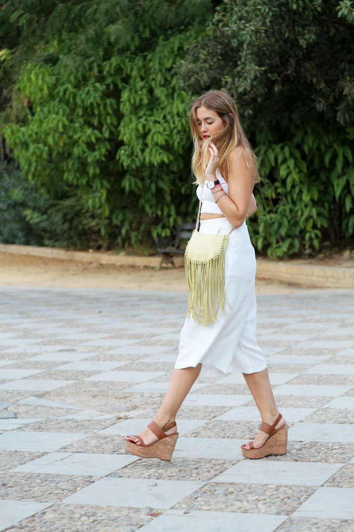 Total white with culottes