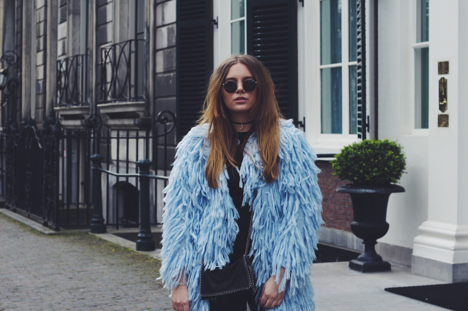 blog, blogger, dominique, candido, fashion, mode, ray ban, j brand, the lovers & drifters club, asos, bebold, isabel marant, shoes, choker, shag, sunglasses, outfit, post, stella mccartney, bag