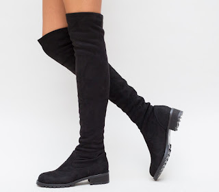 Cizme inalte fara toc pana la genunchi din piele intoarsa negre ieftine