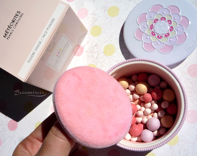 Review, photos, swatches of the Météorites Pearls Carousel by Guerlain, the new, limited edition light revealing pearls of powder for summer 2016.