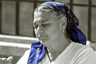 Tezgahtar kadın
