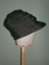 beanie with flap / muts met klep