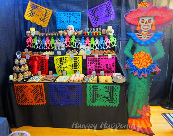 Hungry happenings also day of the dead party fun decorating ideas for dia de los rh hungryhappenings