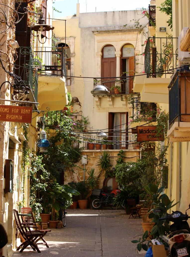 Greek Restaurants With Zorba Dancers