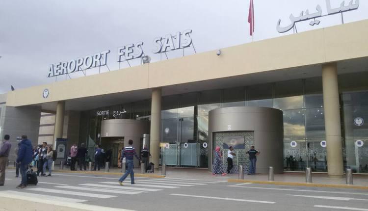 استنفار في مطار سايس بعد اصطدام شاحنة بطائرة كانت تهم بالإقلاع