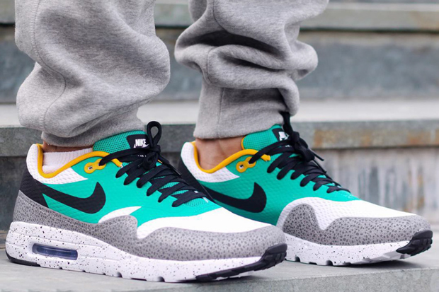 1ff44870da24 SPORTSWEAR FIX  Nike Air Max 1 Ultra Essential  Safari  .