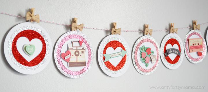 DIY Valentine's Day Banner at artsyfartsymama.com #OneSpotValentine