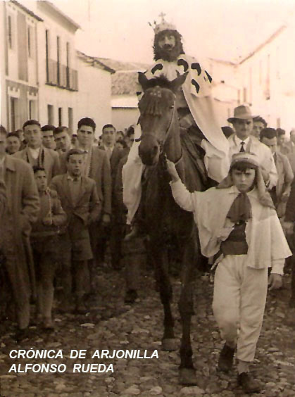 http://cronicadearjonilla.blogspot.it/2015/01/cabalgata-de-reyes-magos-de-los-anos-50.html