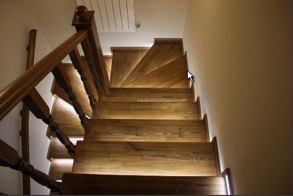 Автоматическая подсветка лестницы