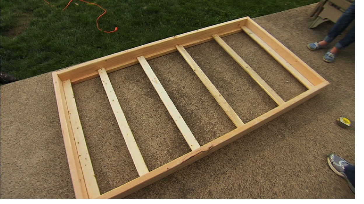 Floating Bunk Beds Tutorial Knock It Off Diy Project East Coast Creative