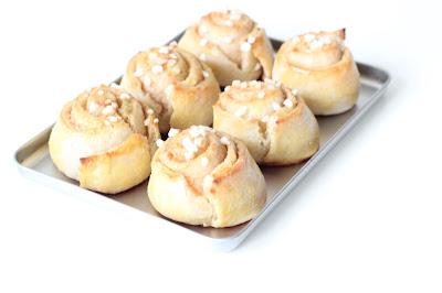 petits pains à la cannelle recette bretzel et café crème kanelbullar