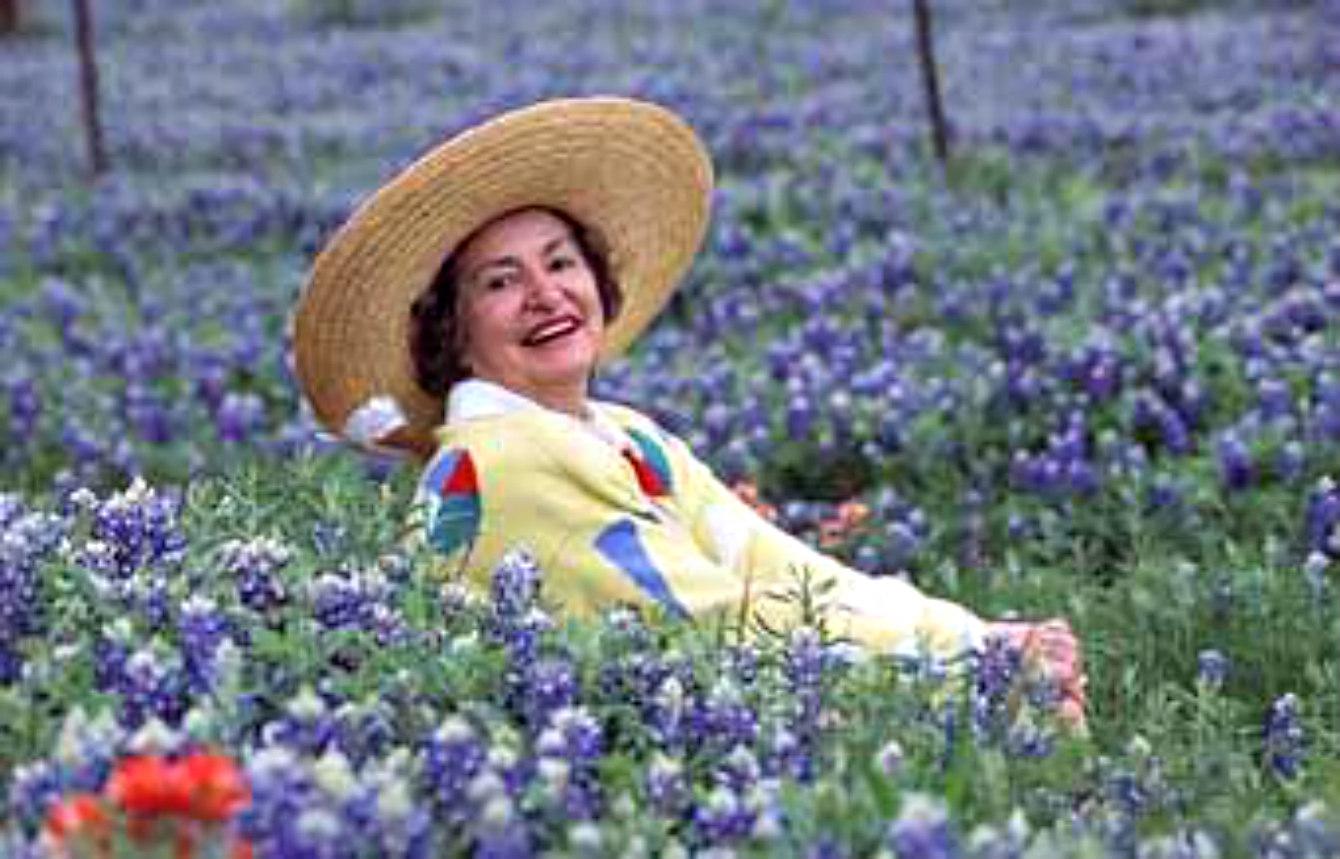 Estelle S Lady Bird S Lemon Cake Gracious Texas Living