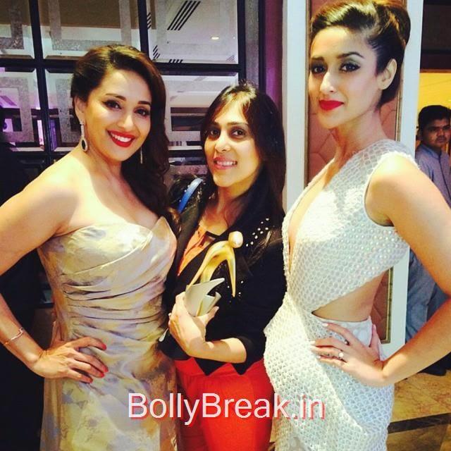 ileana and madhuri dixit strike a pose at filmfare glamour and style awards 2015.   insta bollywood , repost , @nimster_t indian , madhuri dixit , ileana dcruz , c i roc filmfare glam our and style awards ,