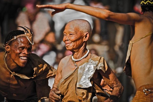 IMG 5938lies+aangepast+LR2012 San Bushmen People, The World Most Ancient Race People In Africa