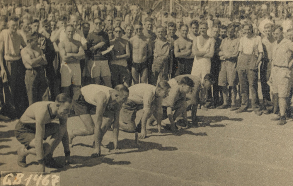 The 1940 and 1944 games