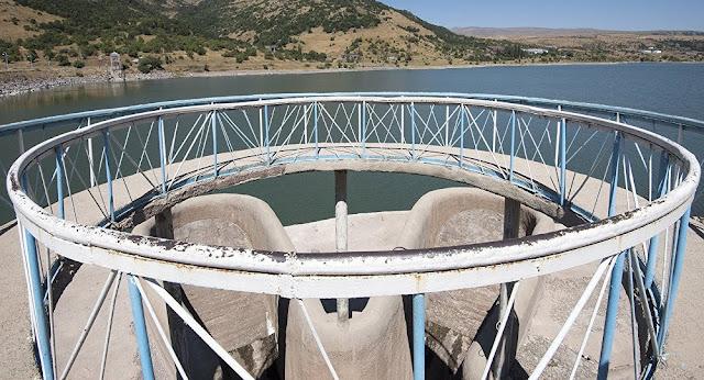 Minería e hidroeléctricas contaminan los ríos en Armenia