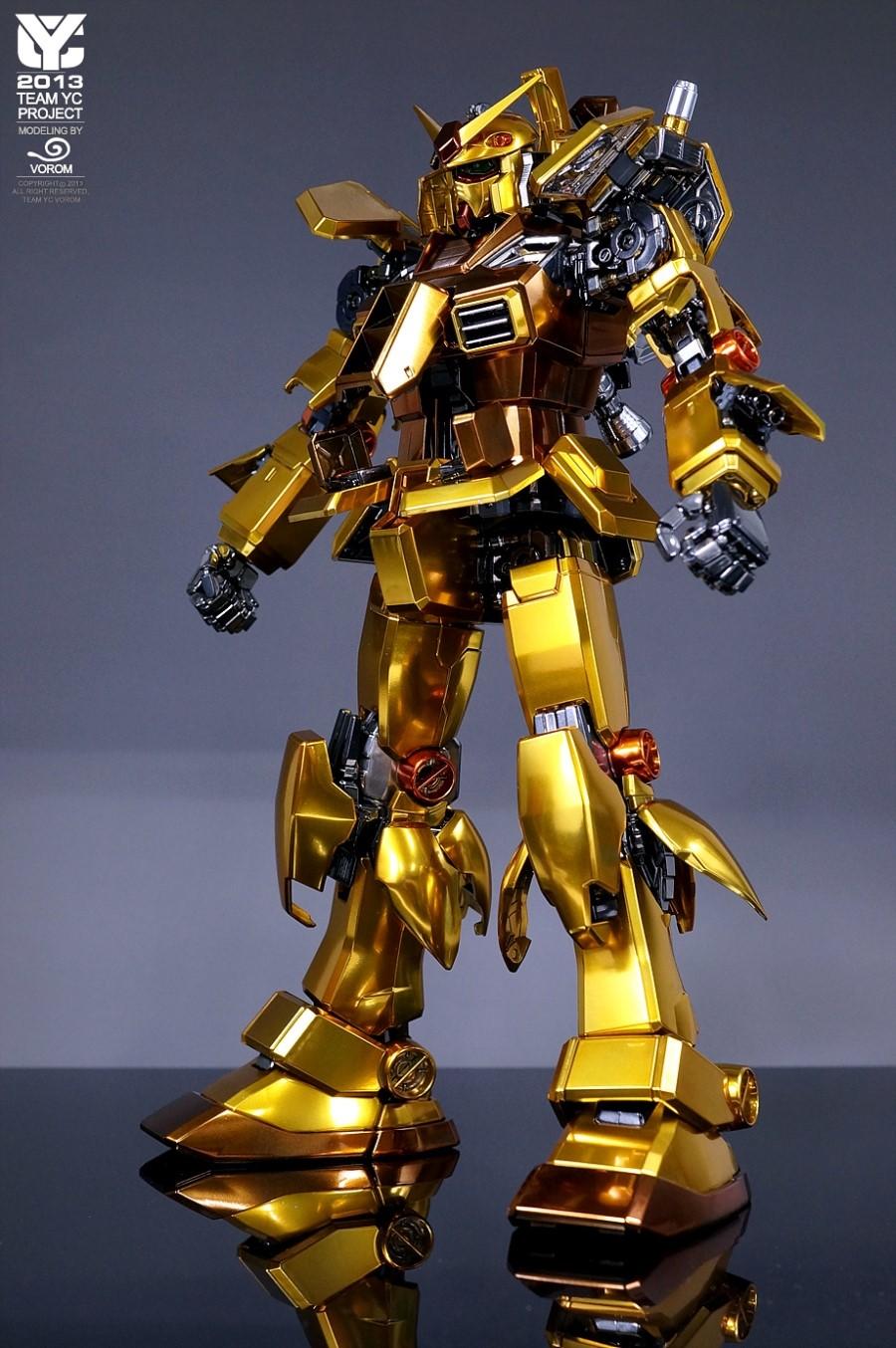 PG 1/60 RX-78-2 Gundam Gold Plated Painted Build - Gundam ...
