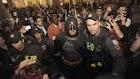 Após fechar acordo com o Corinthians, Batman é preso por assalto a mão armada