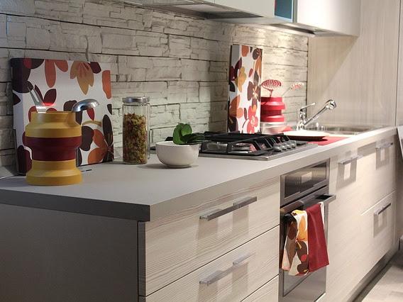 Tips Menghilangkan Bau Amis di Dapur dengan Cepat