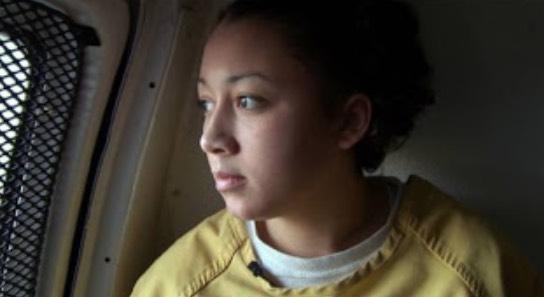Dihukum Penjara Seumur Hidup Kerana Membunuh Perogol, Ini Yang Terjadi Kepada Gadis Ini Selepas 13 Tahun.