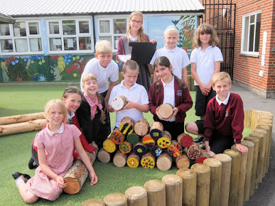 meon junior school bee hotel project