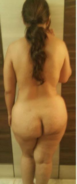 bhabhi ki sexy nangi gaand,hot nude bhabhi ass,sexy newly married bhabhi ki gaand,gaand chudai