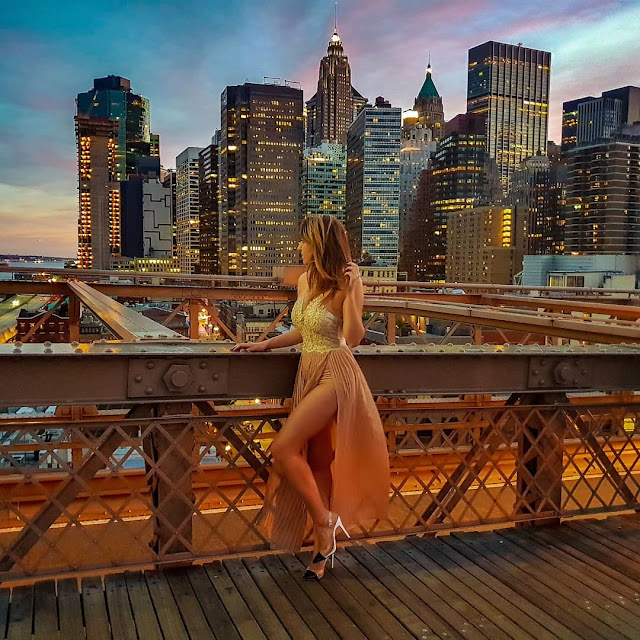 New York, skyline dal Brooklyn Bridge al tramonto. Alessia Siena