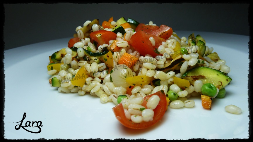 http://cucinaconlara.blogspot.it/2014/07/insalata-di-orzo-con-verdure.html