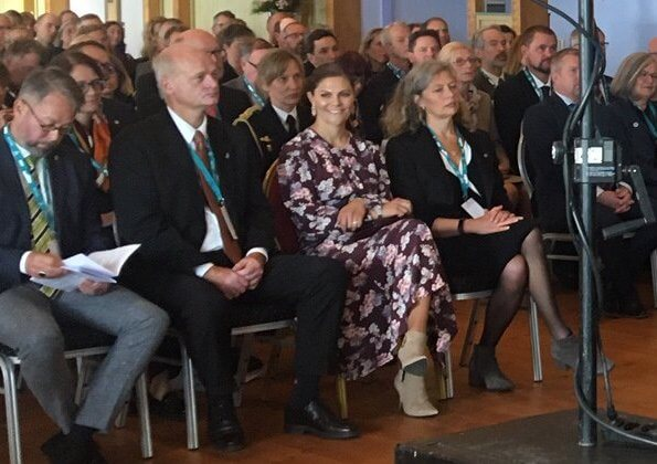 Crown Princess Victoria wore Andiata Odnala wool jacket in pink, and ByTiMo flared bell sleeve dress at research vessel