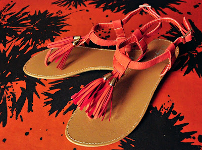 Orange Paspel-Sandalen